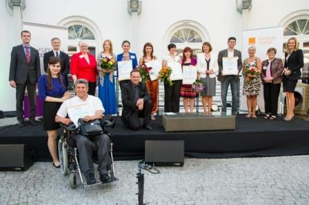 Discover e-Volunteering Competition 2014 – Win up to EUR2000