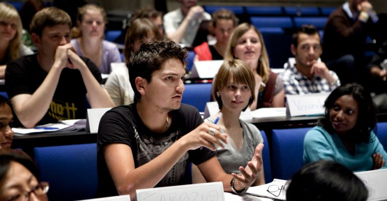 Erasmus Mundus Scholarship for Master's in Journalism, Media and Globalisation 2015