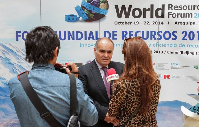 Apply to become a Student Reporter at the World Resources Forum 2015 – Davos, Switzerland (fully-funded)