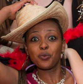 Berabose Aline Joyce
