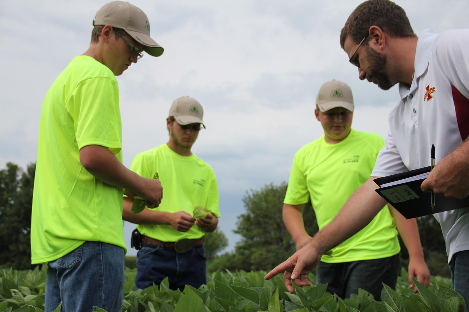 Crop Scouting Competition for Iowa Youth 2016