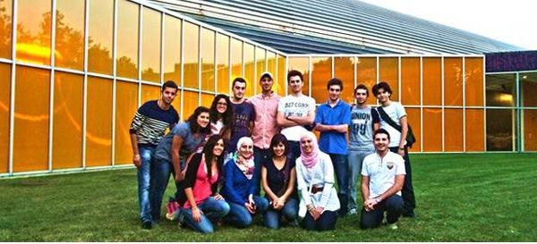 Oxford Jusoor Graduate Scholarship Program 2017