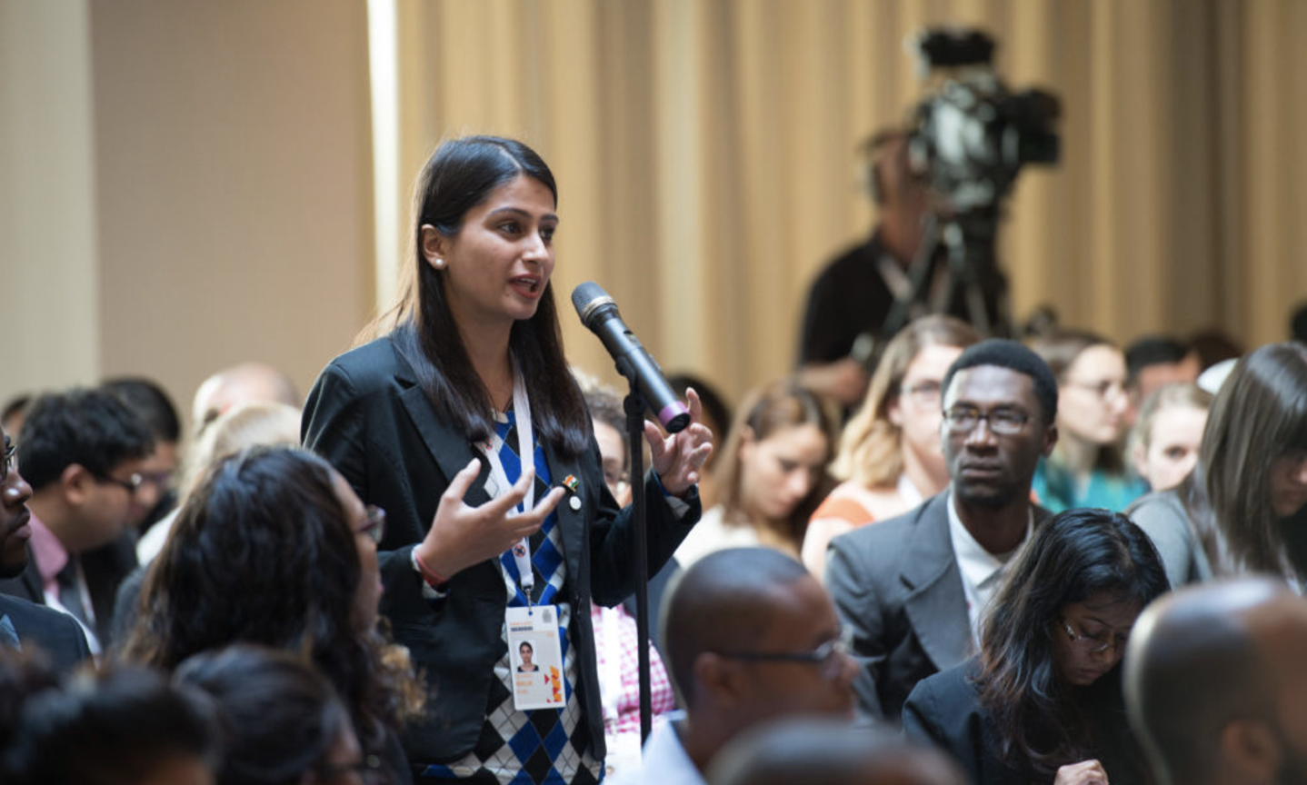 Apply to attend the Stakeholder Forum at the 9th Commonwealth Youth Ministers Meeting