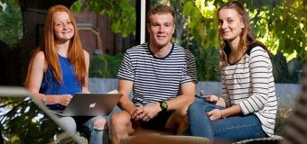 AU Emerging Global Leader Scholarship 2018 (For Undergraduate Study in the United States)
