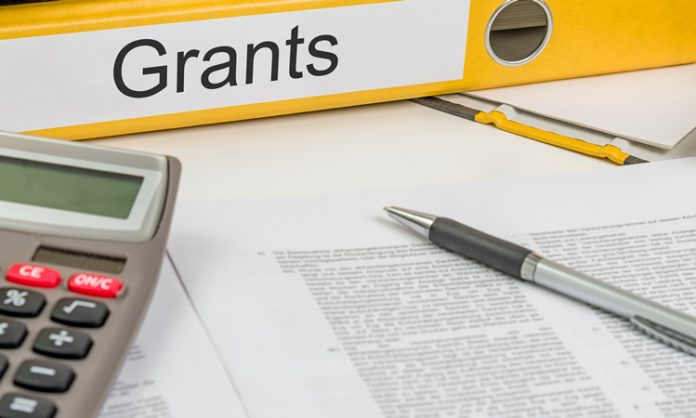 graduate thesis grants The scgsr program is open to current phd students in qualified graduate programs at accredited us academic institutions, who are conducting their graduate thesis research in targeted areas of importance to the doe office of science.