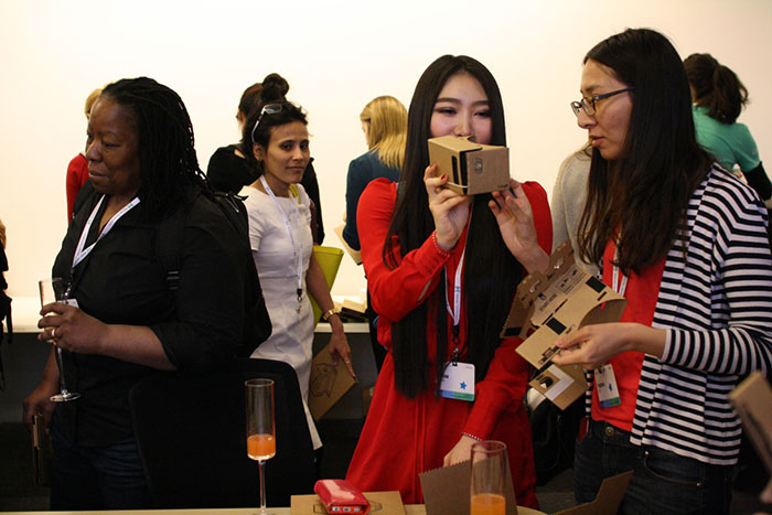Apply for the Google Women Techmakers Scholars Program 2018-2019