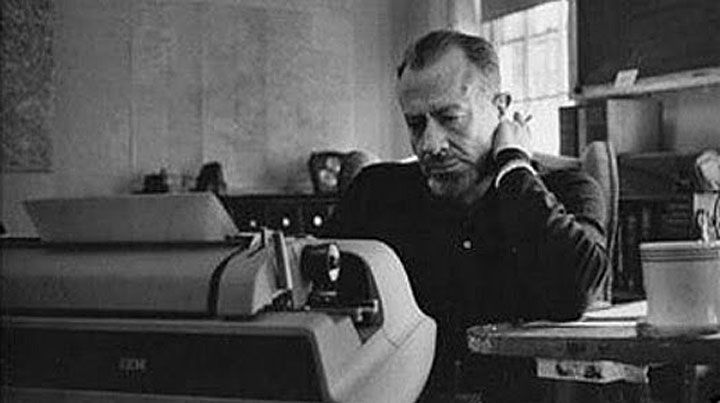 Apply for the Steinbeck Fellows Program of San José State University 2018