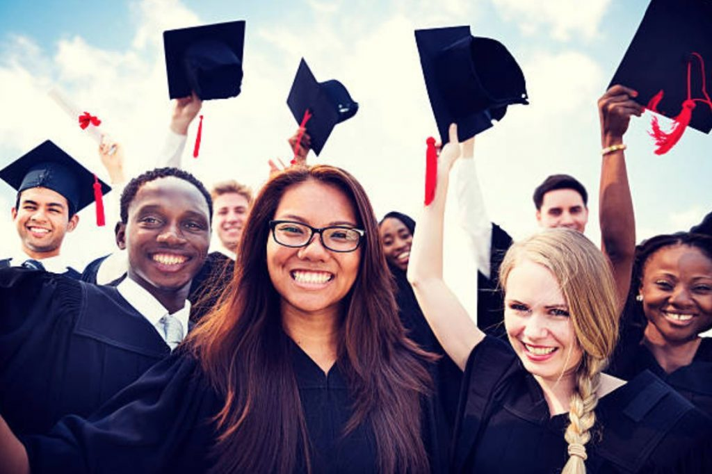 time management challenges of graduate students First-year challenges graduate and post one of the biggest keys to success in college is time management college students spend much less time in class and.