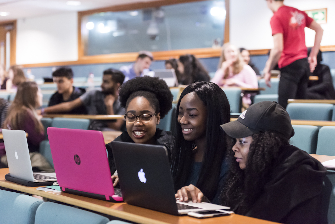 Study In the UK: St George's University of London Postgraduate Scholarships 2019 (Up to £22,500 tuition funding available)