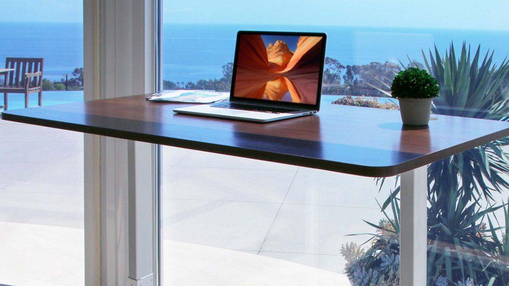 Autonomous Smart Desks: Do they really Increase Productivity?