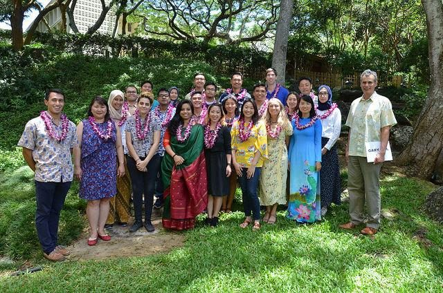 Uh Manoa Graduation 2020.East West Center Graduate Degree Fellowship 2020 2021 To
