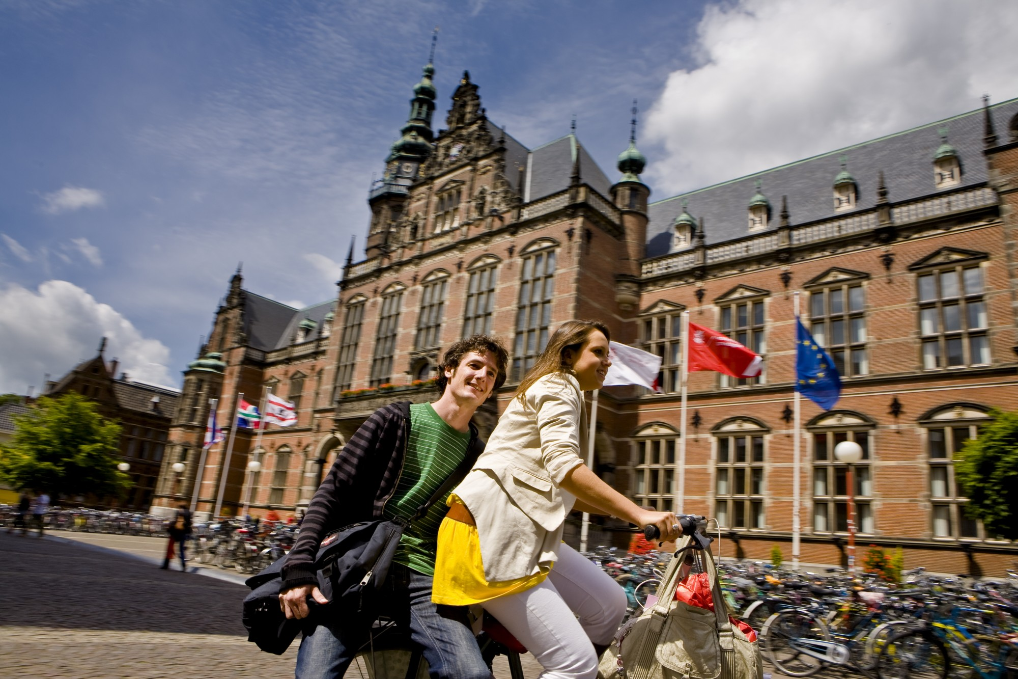 Eric Bleumink Fund Scholarship 2020/2021 for Master's Study at University of Groningen