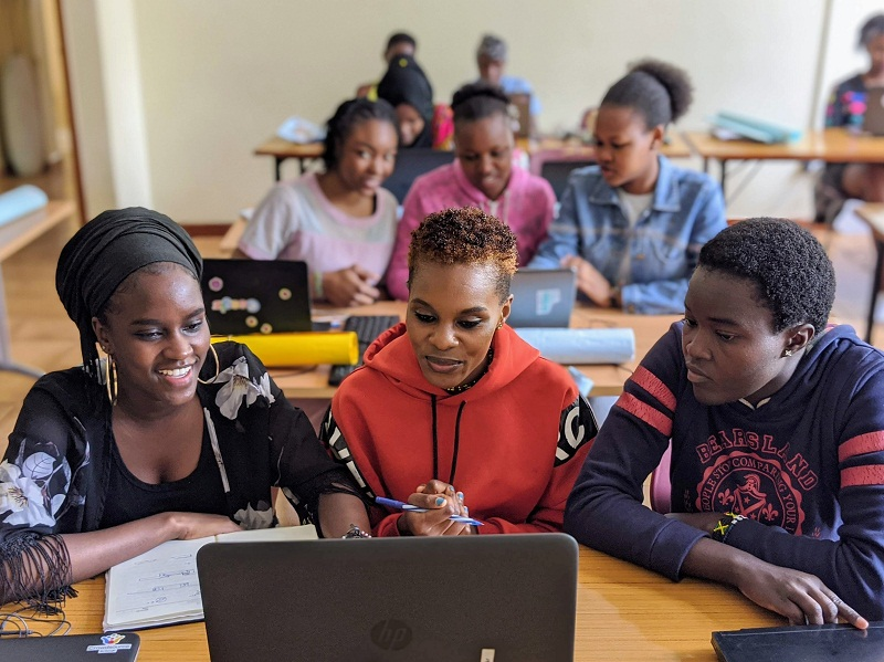 AkiraChix CodeHive Program 2021 for Young Women in Kenya, Rwanda and Uganda