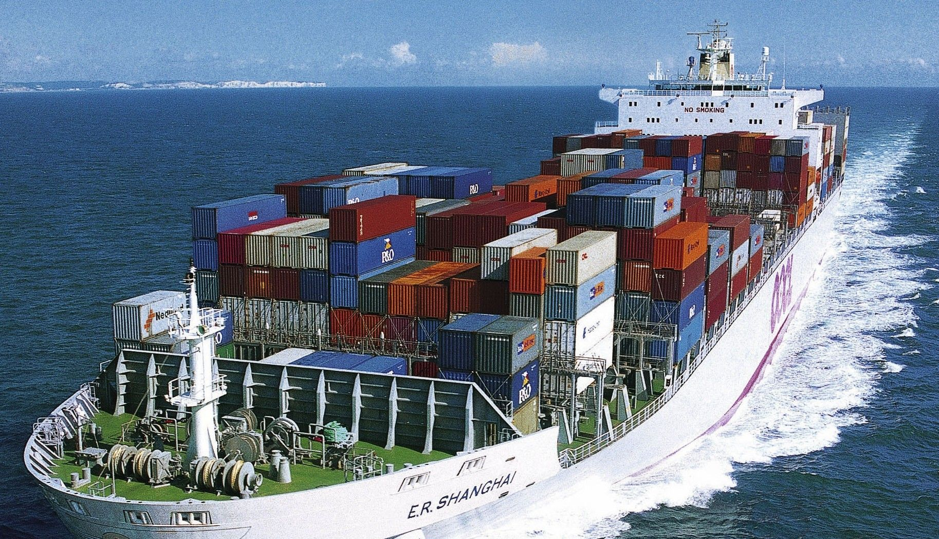 Important benefits of earning a degree in maritime management?
