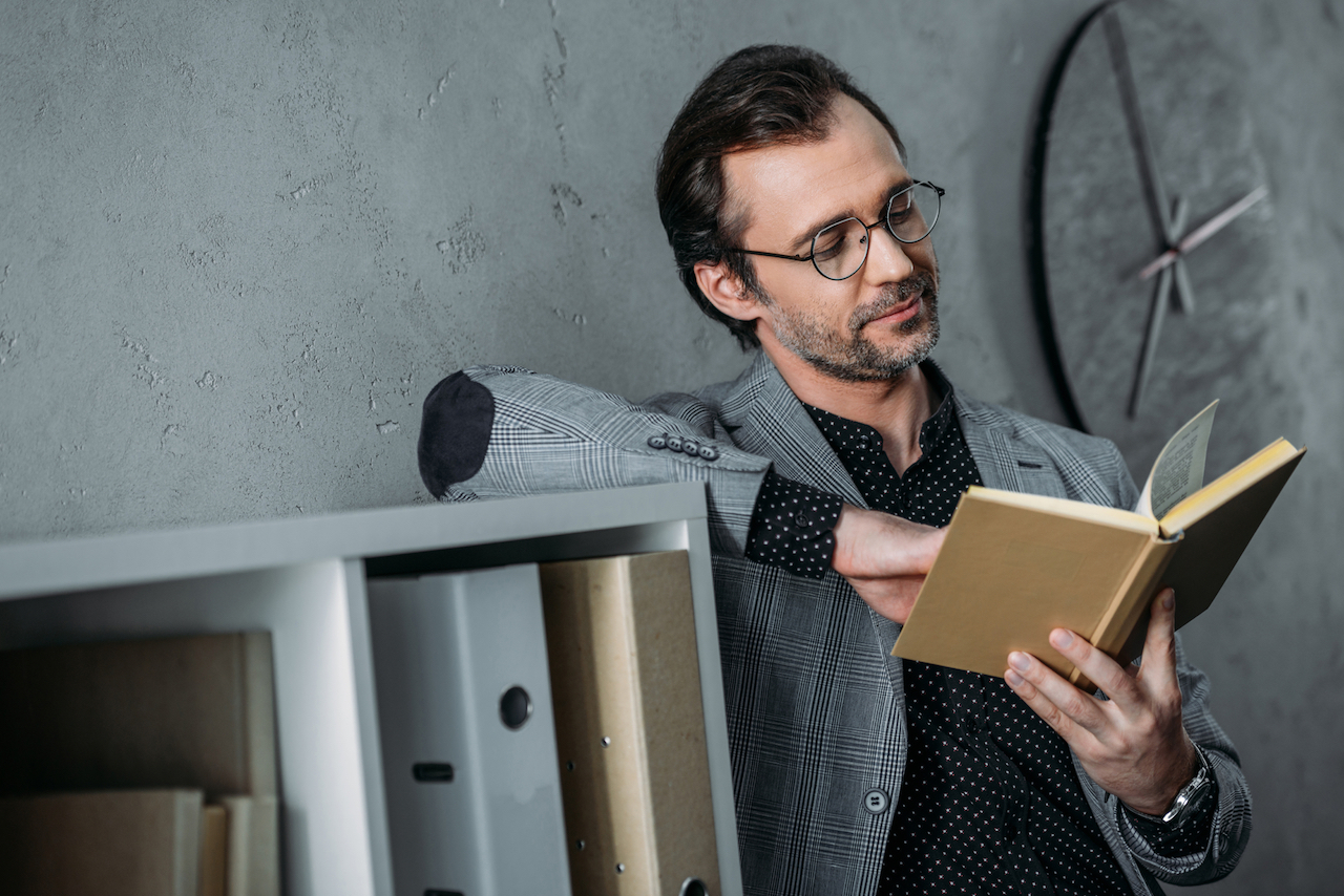 7 Reasons Business Managers Should Never Stop Reading