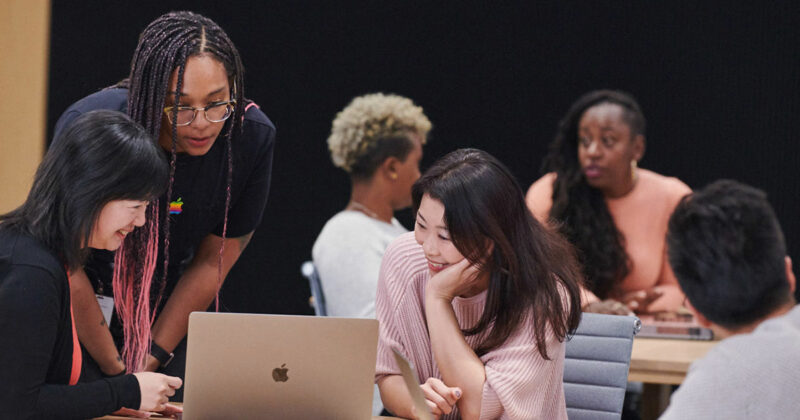 Apple Entrepreneur Camp 2021 for Female Founders and Developers
